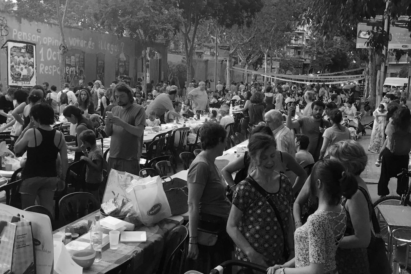 JIMENEZ PACHECO, Pedro. Calle de Barcelona en la Fiesta de Sant Joan. (Marzo, 23, 2017)